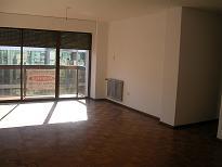 CENTRO – Depto de 3 dormitorios con cochera en alquiler en Maipu 44